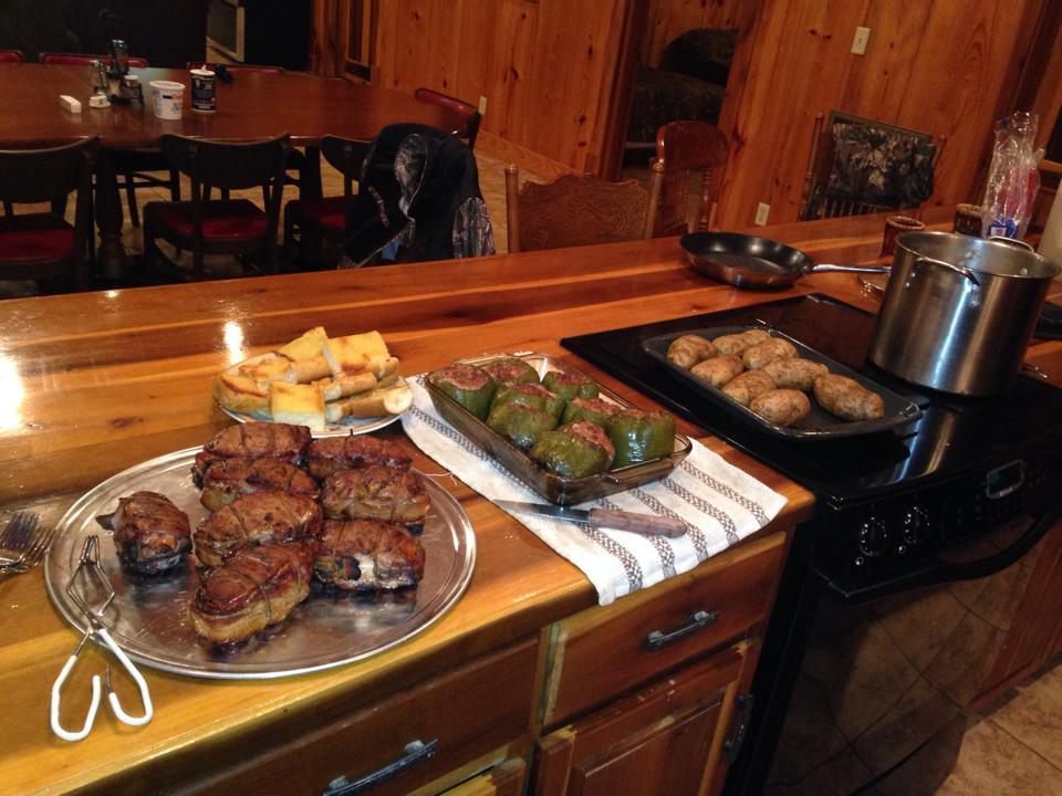 lodge-dinner